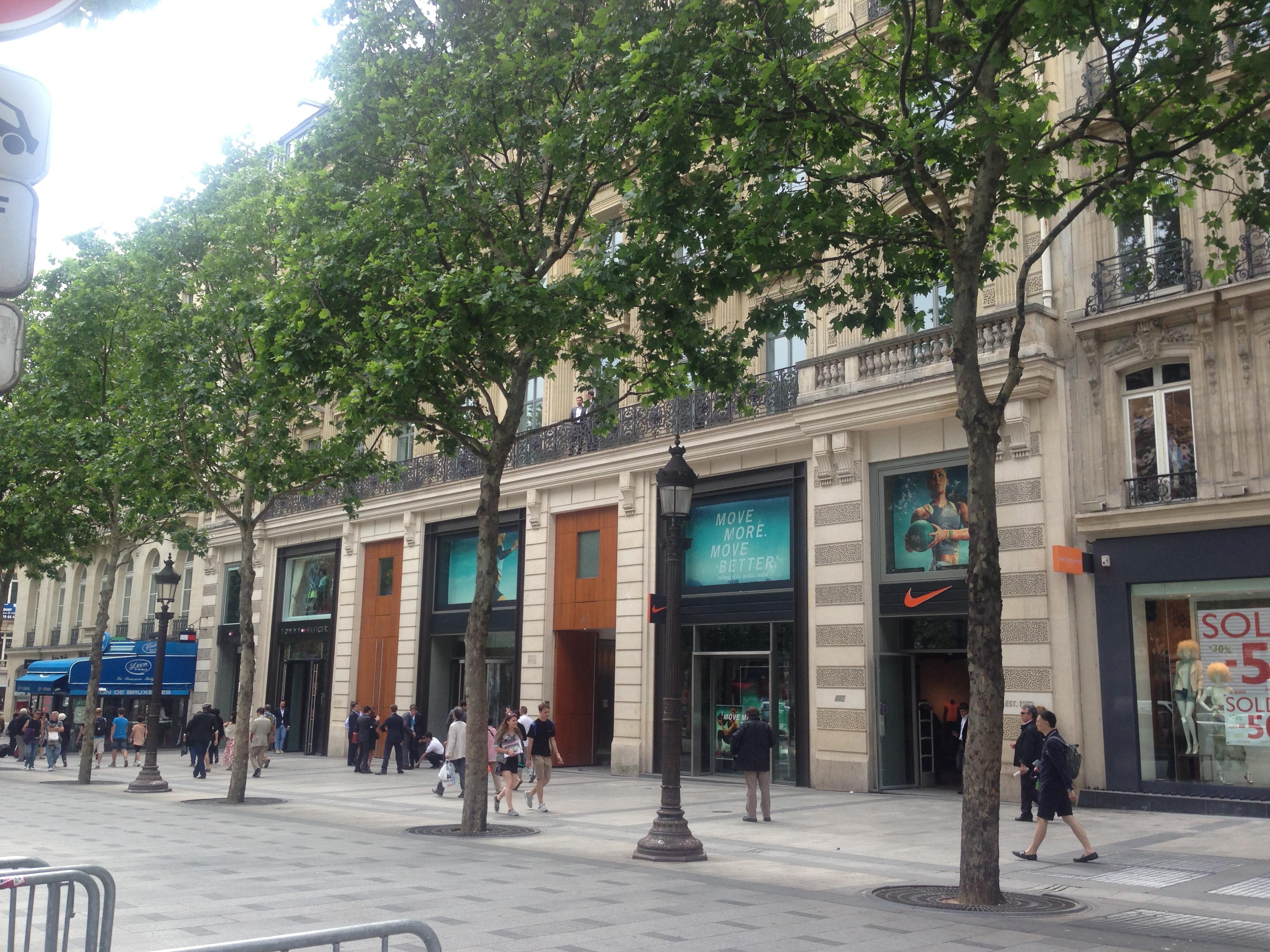 65-67 Avenue des Champs-Elysees